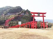 神社入り口からみる鳥居.jpg